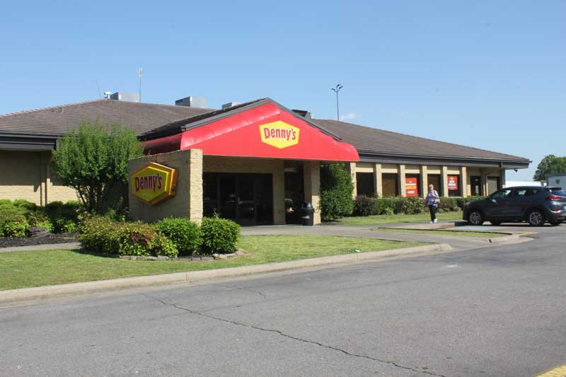 Denny's Russellville